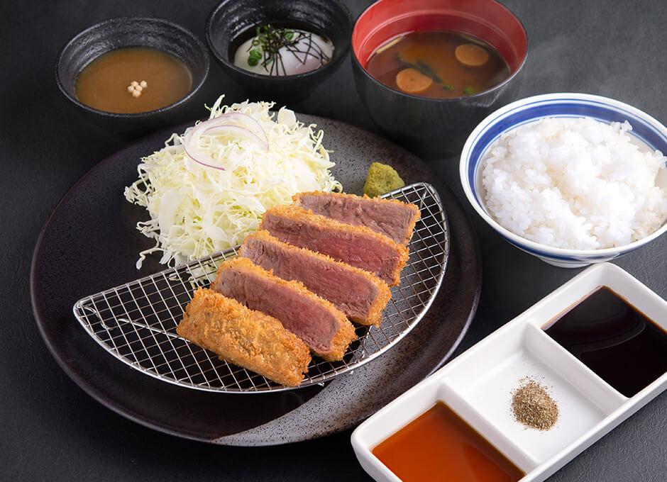 低脂肪かつ高たんぱく 牛ヒレカツ京玉膳